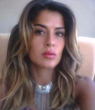 Flore HAMIDANI 28 ans Frontignan_edited.