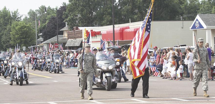 parade beginning.jpg