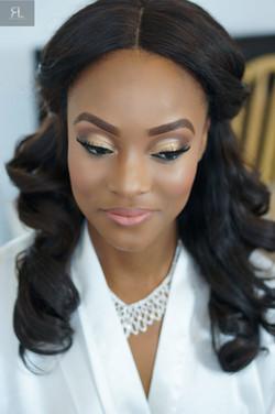 Black bridal makeup artist Lonon