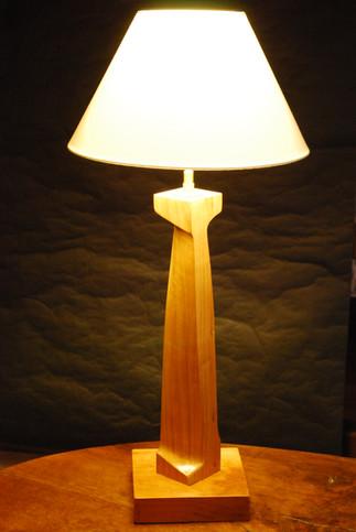 Lampe à pied tors