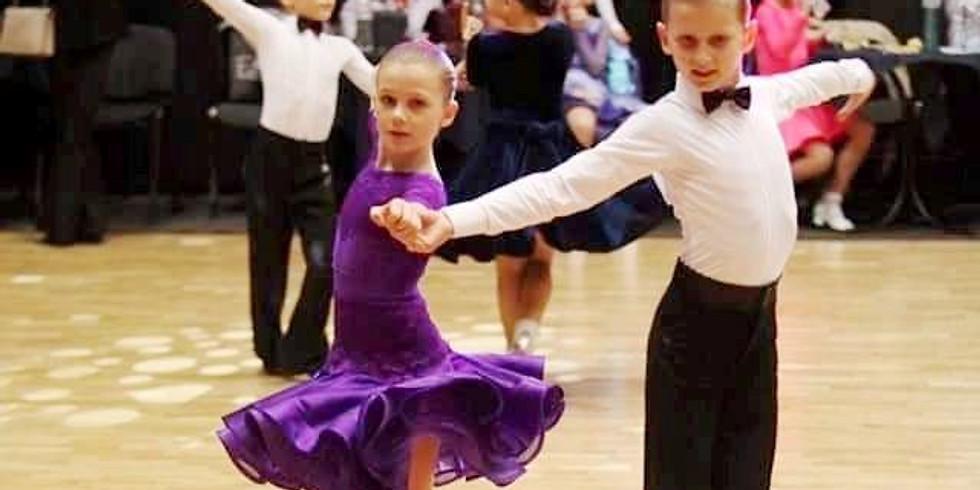 Курс кроя и шитья бально-спортивных платьев «Dancing & Sports» (вторник/четверг с 18:45 - 21:00).