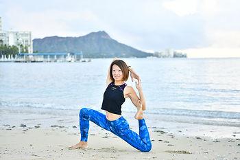Happy Hatsmi Yoga - Yuko