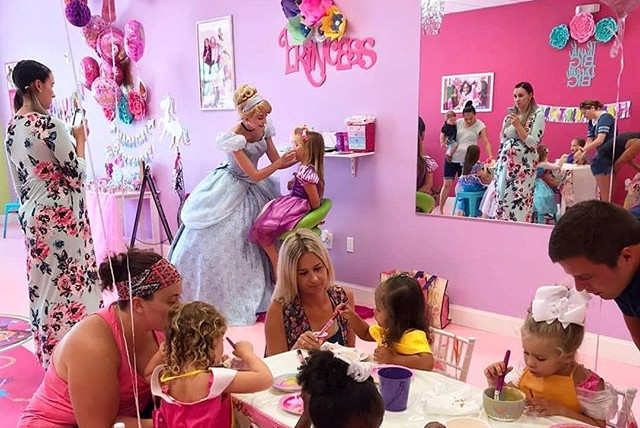 Cinderella Party at Spa Diva Girl's Part
