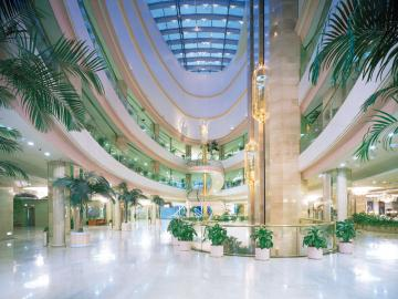lotte-world-lobby