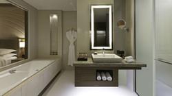 Deluxe-King---Bathroom