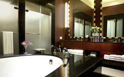 guestroom_suite6_view3