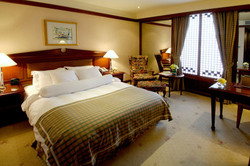 imperial-palace-room1
