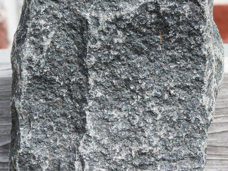 Cobblestone Charcoal