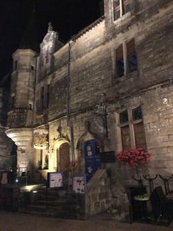 Rochefort en Terre at night