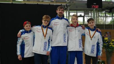 B-Jugend-Fechter erringen DM-Gold und -Bronze mit Nordrhein-Teams. Fechtzentrum Solingen Leistungszentrum Degen und Säbel.