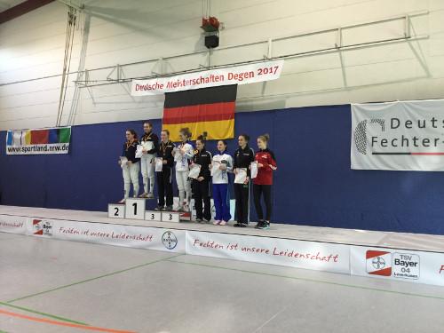 Deutsche Junioren Meisterschaft Brenda Kolbinger hlt Bronze Fechten in Solingen Fechtzentrum Solingen e.V. Degen Sport Leistungsstützpunkt