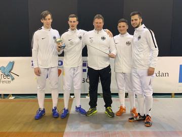 Säbel-Welt-Cup Gold für Eric Seefeld mit dem deutschen U20-Nationalteam