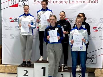Degenfechter räumen in Leverkusen 10 Medaillen ab - Bienefeld und Reihs gewinnen