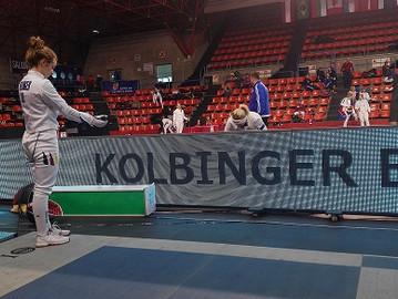 Drei Degenfechterinnen beim Weltcup in Burgos