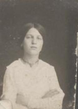 1915 Family Friend