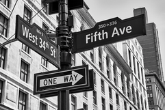 fifth-avenue-west-34th-street-signs-new-