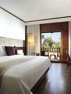 1078684-2-hotel_carousel_large.jpeg