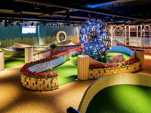 Crazy Golf and Drinks at Swingers