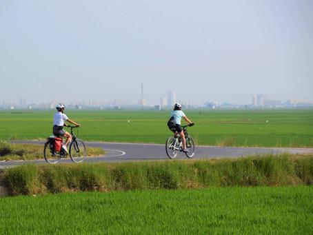 La empresa valenciana Kolotrip propone rutas de cicloturismo para viajar por España este verano
