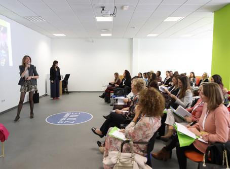 50 mujeres odontólogas reivindican en Valencia su papel para liderar la innovación en el sector