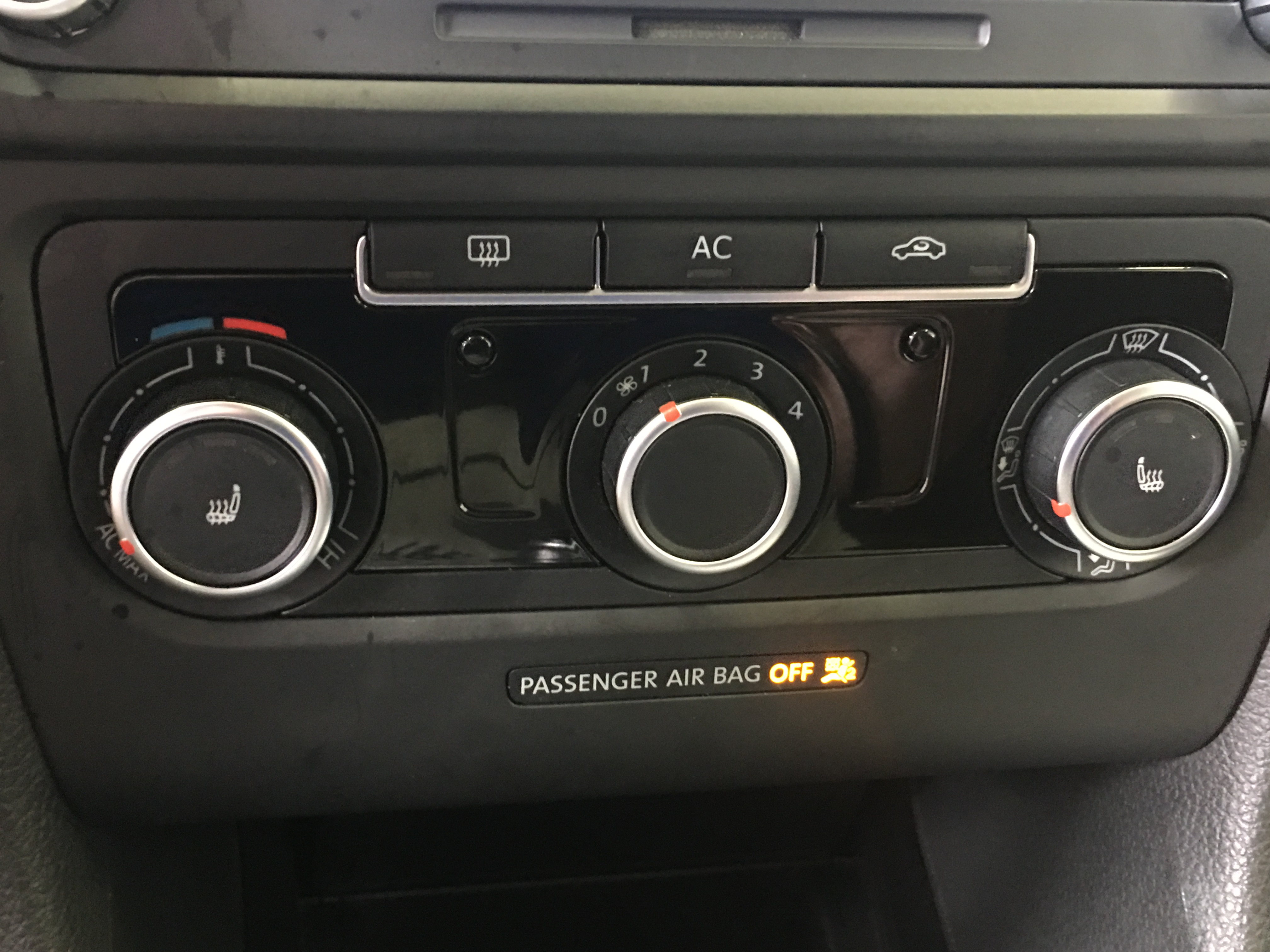 2011 Volkswagen Golf TDI6699