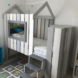 Kinderbett im Beachhaus Stil