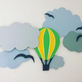 Wandbild Wolken mit Heißluftballon