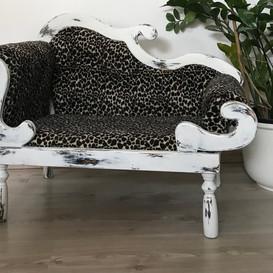 Katzencouch mit Leopardenmuster