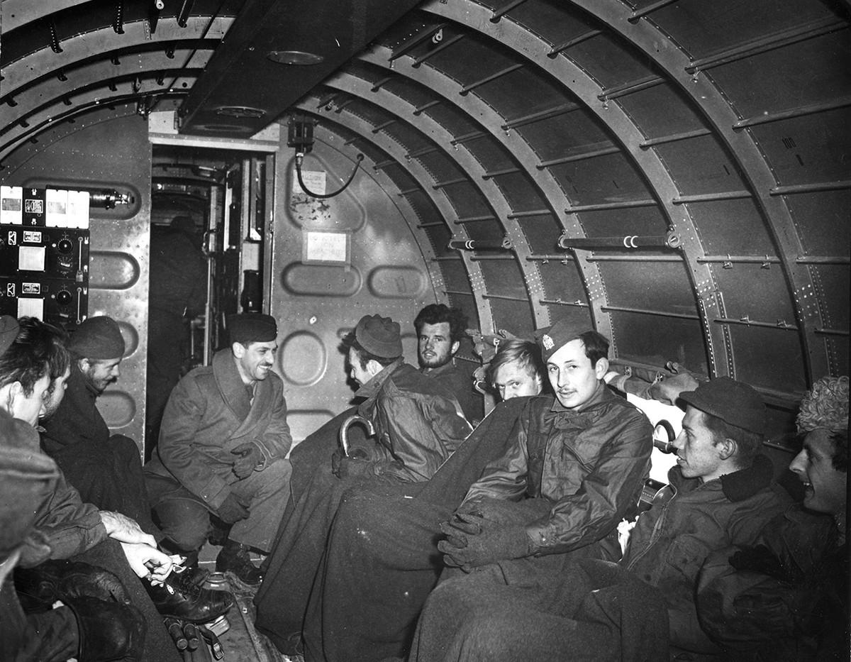 Last evacuation of Halyard mission, Boljanic (Bosnia), 27. Dec. '44.