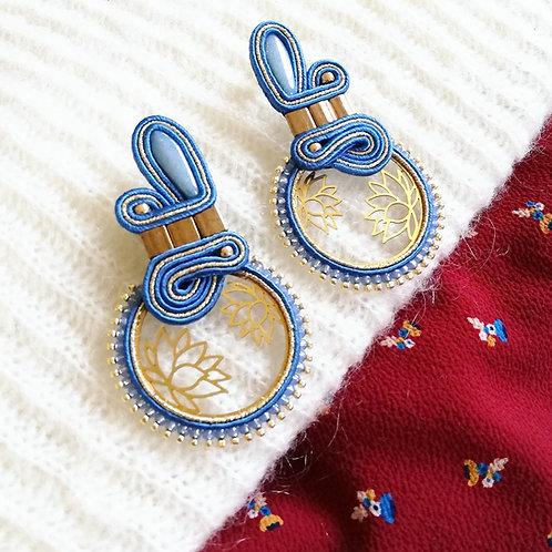 B. O. Lotus bleu