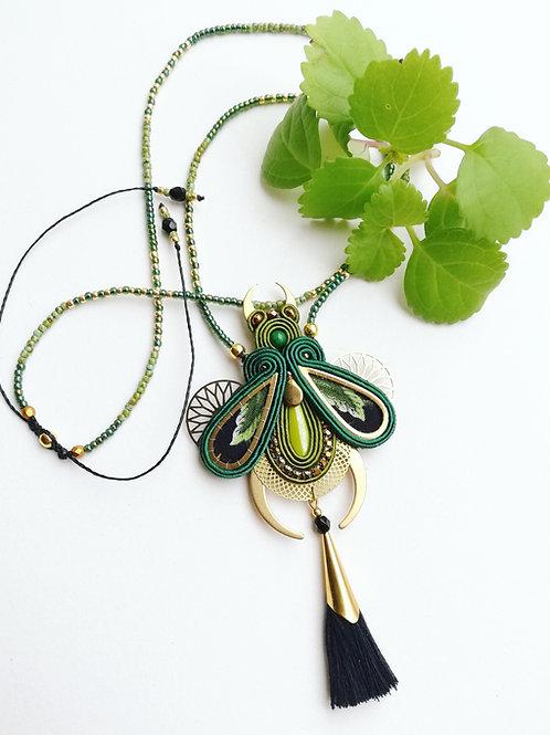 Collier/sautoir coléoptère vert #2