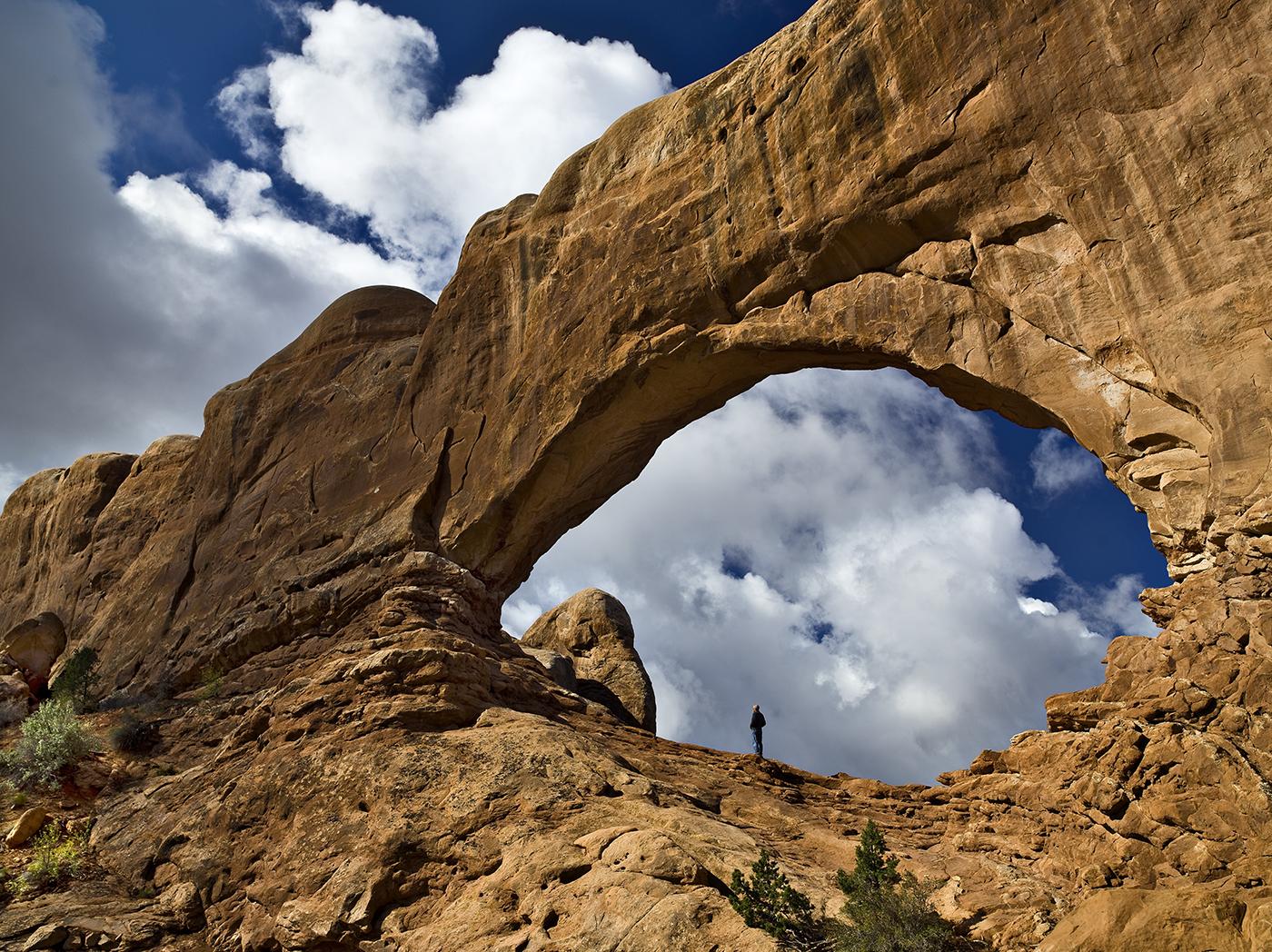 Arches con hombre