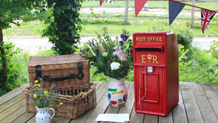 Post Box & Baskets