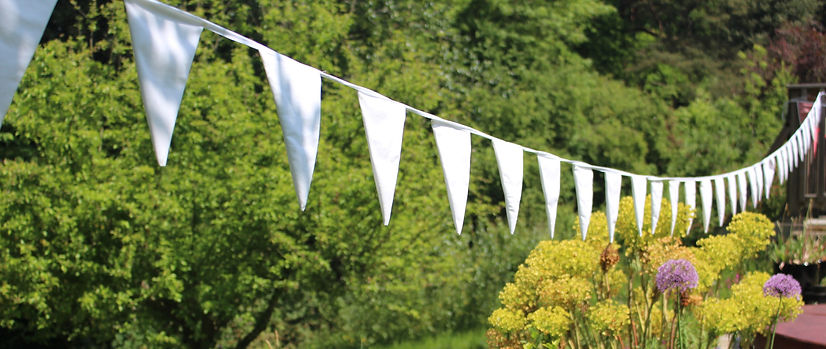white_bunting_west_sussex_hire_bell_and_