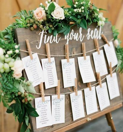 Crafty table arrangements