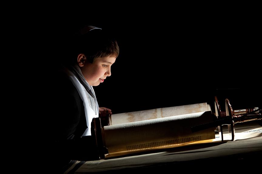 Torah-Photo-01