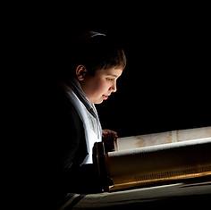 Torah-Photo-01.jpg