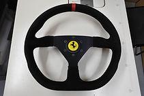 フェラーリ OMP ステアリング巻き替え