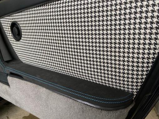 自動車シート、内装張替え 千鳥柄 (千鳥格子) 生地の紹介