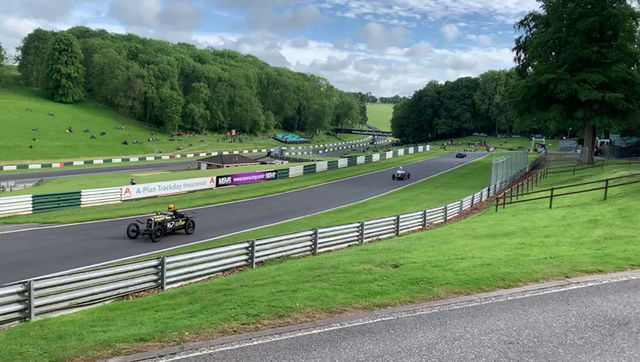 Supercharged 7 takes on the mountain at Cadwell Park