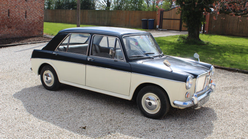 (SOLD) - 1965 MG 1100 Saloon
