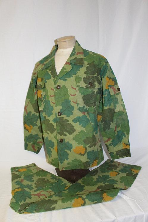 Original Vietnam War reversible Mitchell camo jungle uniform