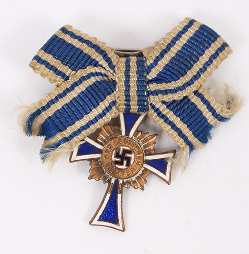 WWII German Mother Cross Gold class small brooch
