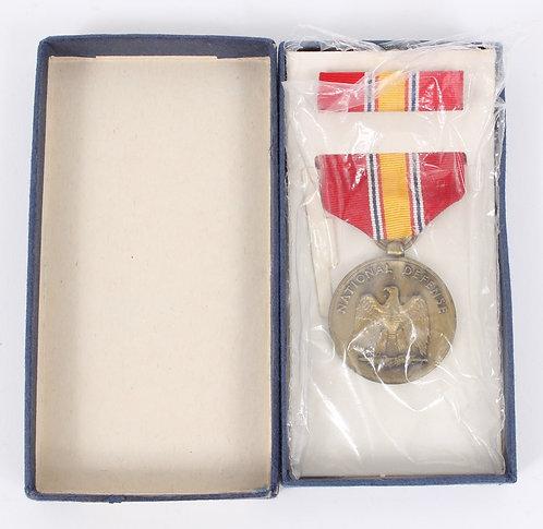 Vietnam War National Defense Medal set unissued dated 1971