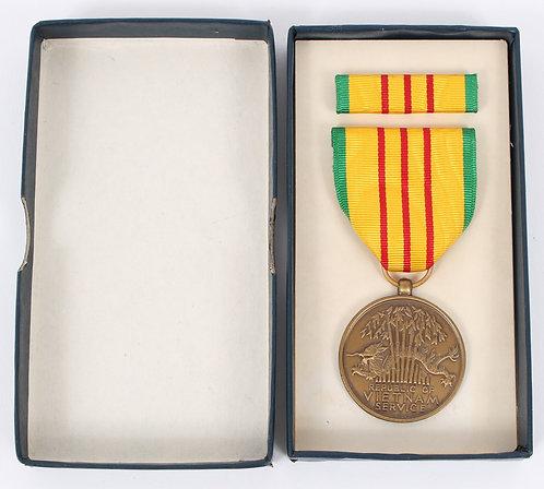 Vietnam War Vietnam Service Medal set unissued dated 1969
