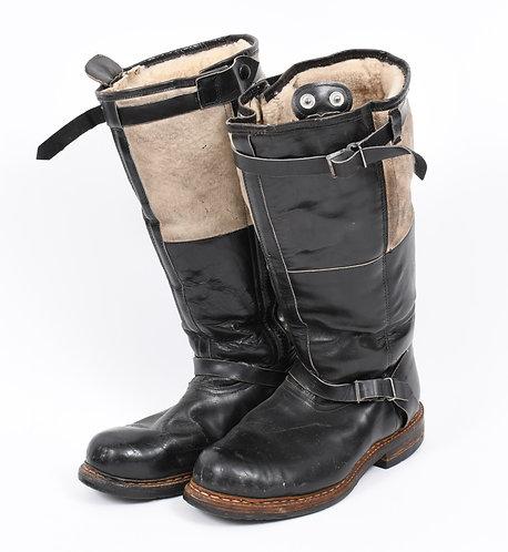 WWII German Luftwaffe electrically heated flight boots