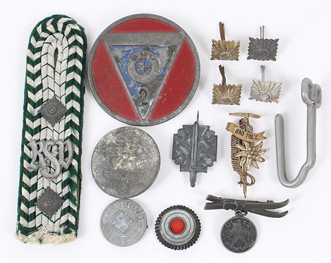 WWII German shoulder board pin & insignia mixed lot
