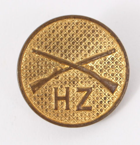 US Army type II HZ Infantry EM / NCO Gilt collar disc insignia