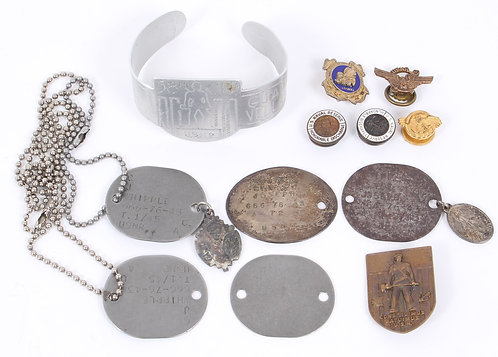 WWII USN Navy 58th Seabees dogtags & bracelet named grouping