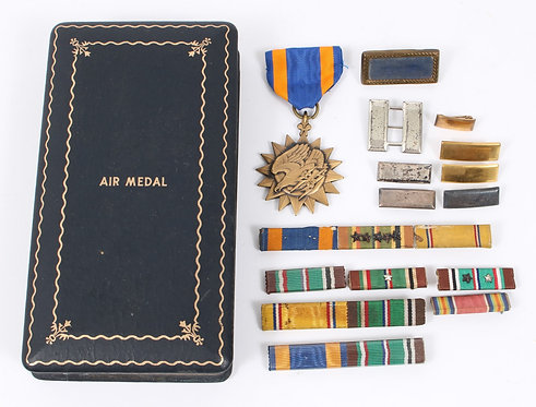 WWII USAAF Air Medal grouping w/ Ribbons & Lt bar by Firmin London